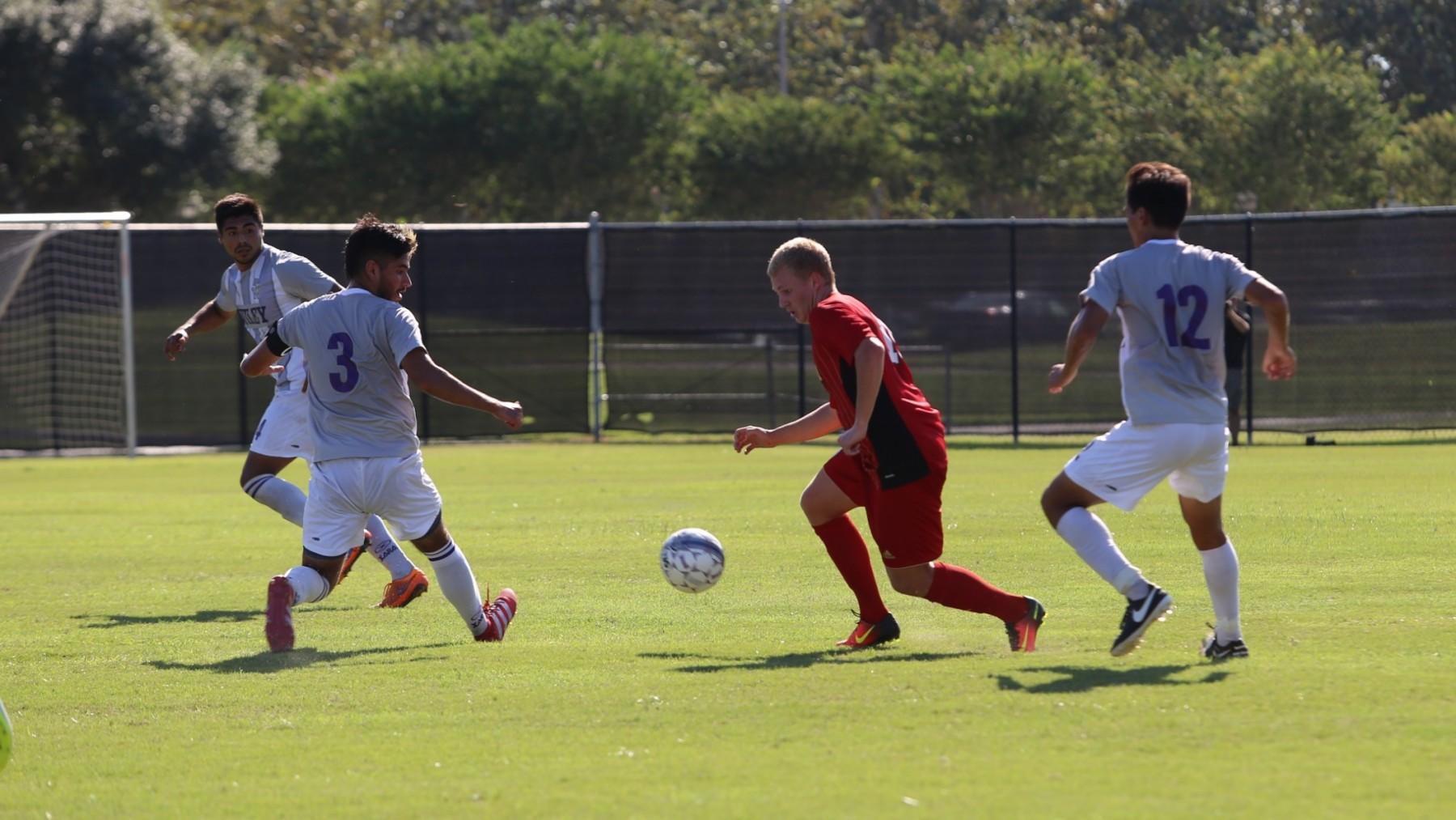 Espen Hansen will be one of 13 returnees for the UHV men's soccer team this season.